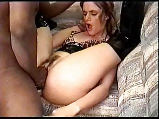 White Skanky-ho Does ATM-fisting Combo