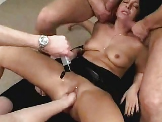 Nice Girl Gets Fisted And Fucked