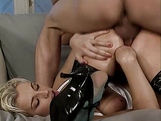 Fist Fuck –  Stretching Of Close Holes
